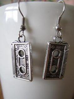 Kasetti -korvakorut Drop Earrings, Retro, Vintage, Jewelry, Jewlery, Jewerly, Schmuck, Drop Earring, Jewels