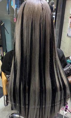 Hair Color Streaks, Hair Dye Colors, Hair Highlights, Emo Hair Color, Hair Colour, Hair Inspo, Hair Inspiration, Cabelo Inspo, Skunk Hair