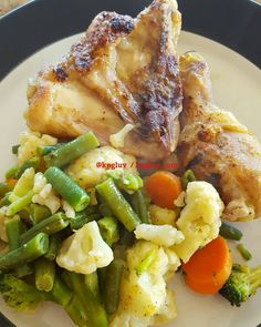 Chicken and veggies Eating for health and fitness #healthyeating http://kngluv.com