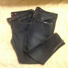 TORRID BUNDLE 2 SKINNY JEANS. SIZE 18. TORRID BUNDLE of 2 Skinny jeans.  Size 18. Zippers at ankles. Preowned. Really good jeans, one just has a little threading on back upper middle and right side, the other one has the same issue on the back right pocket as seen in 3rd picture. Still have alot of life in both of them, if you can fix the thread prblem, then great! I can no longer fit in them, thats why I need to sell them. torrid Jeans Skinny