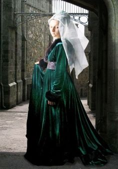 Medieval Gothic Gown - Medieval Renaissance Clothing, Costumes