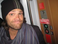 Richard Speight, Jr.@dicksp8jr Happy Birthday, @jarpad! So proud you were able to ruin so many European vacations with one punch, and so honored I was there to witness it (and snap this photo I forgot I took). I'll stop trains with you any day, pal. Cheers! #proof #trainstory @realGpad #Supernatural