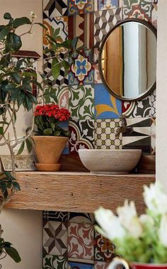 Idee per decorare le pareti del bagno - Maioliche in bagno Ideas for decorating the walls of the bathroom - Majolica in the bathroom Decor, House Design, Interior, Tiles, House Styles, Home Decor, Home Deco, Bathroom Design, Bathroom Decor