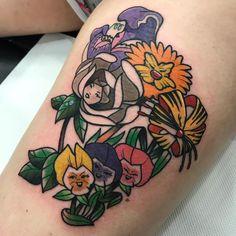 Alice in Wonderland flowers tattoo - Disney tattoo Left Arm Tattoos, Pin Up Tattoos, Girly Tattoos, Disney Tattoos, Cute Tattoos, Beautiful Tattoos, Body Art Tattoos, Sleeve Tattoos, Tatoos