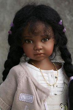 poupée réaliste, poupée de collection exotique