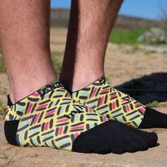 いいね!172件、コメント5件 ― Injinjiさん(@injinji)のInstagramアカウント: 「When in doubt - go for a run.  Check out the awesome new Spectrum Run Lightweight No-Show socks now…」