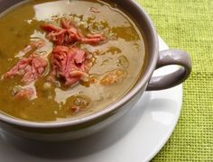 Split pea soup with smoked pork hocks South African Dishes, South African Recipes, Ethnic Recipes, Pea And Ham Soup, Pea Soup, Soup Recipes, Cooking Recipes, Easy Recipes, Salad Recipes