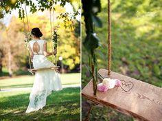 romantic wedding photos in garden