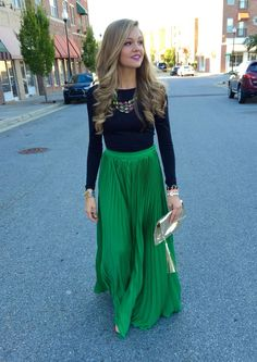 Latest fashion trends: Street style high waist pleated green maxi skirt