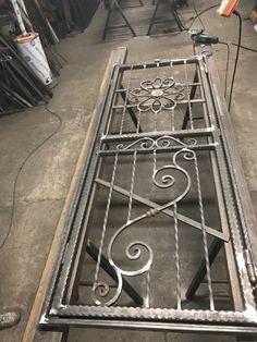 Posi, Iron Gate Design, Window Grill Design, Iron Balcony, Door Gate, Metallica, Windows, Doors, Rugs