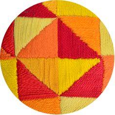 Saia Charme Tiffany • Círculo S/A Crochet Poncho, Crochet Jacket, Crochet Blanket Patterns, Baby Blanket Crochet, Color Harmony, Aesthetic Iphone Wallpaper, Stuffed Toys Patterns, Macrame, Diy And Crafts