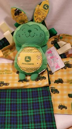 What little John Deere Baby wouldn't love cuddling with this Baby shower gift set?