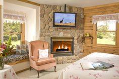 Ballad Room at Harmony Hill Bed & Breakfast in Arrington, VA - http://www.bnbfinder.com/Virginia/Arrington/Bed-and-Breakfast/Listing/4202/Harmony_Hill_Bed_and_Breakfast   #Arrington #VA #BnB
