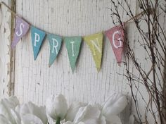 SPRING time Burlap Banners {Jane Deals}