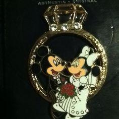 Minnie & Mickey Wedding Ring pin