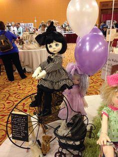 Nikki Britt's Wendy Weird & Phoebe Phantom in UFDC Display, outfits by Sweet Creations  | Flickr - Photo Sharing!