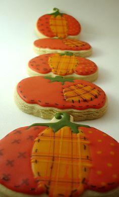 Fall Cut Out cookies Fancy Cookies, Iced Cookies, Pumpkin Cookies, Royal Icing Cookies, Sugar Cookies, Thanksgiving Cookies, Holiday Cookies, Happy Thanksgiving, Cupcakes