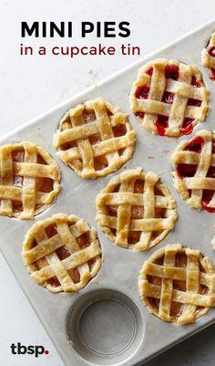 Mini Pies in a Cupcake Tin Mini Pies in a Cupcake Tin A fun way to make a mini version of your favorite pie!<br> A fun way to make a mini version of your favorite pie! Mini Pie Recipes, Muffin Tin Recipes, Apple Recipes, Sweet Recipes, Baking Recipes, Apple Pie Recipe Easy, Muffin Tins, Mini Desserts, Cute Easter Desserts