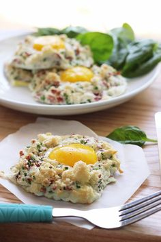 Eggs in clouds make a great, low calorie breakfast with fluffy egg whites baked with crumbled bacon, chives and Parmesan cheese and a nestle.take out the cheese and paleo! Banting Recipes, Healthy Recipes, Egg Recipes, Brunch Recipes, Diet Recipes, Breakfast Recipes, Cooking Recipes, Potato Recipes, Vegetable Recipes