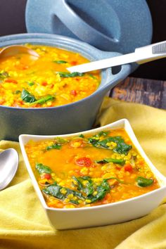easy and healthy Red Lentil Spinach Soup is a hearty and delicious vegetarian meal that s ready in 30 minutes! It s only 7 Weight Watchers Freestyle Smart Points. Tasty Vegetarian Recipes, Easy Soup Recipes, Dinner Recipes, Healthy Recipes, Healthy Food, Chili Recipes, Healthy Soups, Ww Recipes, Spinach Soup