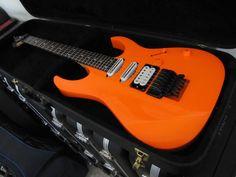 Daron Malakian custom Ibanez IC300 Black barritone guitar ...