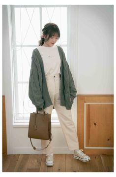 Korean Casual Outfits, Korean Outfit Street Styles, Cute Casual Outfits, Korean Winter Outfits, Korean Style, Korean Outfits School, Korean Ootd, Korean Girl Fashion, Korean Fashion Trends