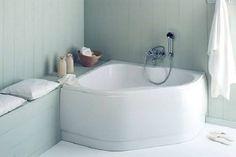 Petite baignoire ou baignoire sabot, deuxbonnes idées gain de place pour penser sa déco salle de bain !Baignoire d'angle, encastrée, droite, baignoire îlot, il existe de nombreux modèles de baignoires de petite dimension à installer dans une salle de bain. Déco Coola sélectionné 25 baignoires ga
