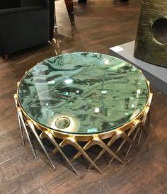 Centre Table Design, Sofa Table Design, Coffee Table Design, Diy Home Furniture, Metal Furniture, Furniture Design, Centre Table Living Room, Center Table, Living Room Ornaments