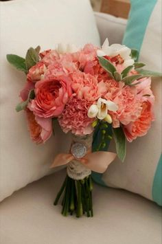 peach coral orange peach wedding bouqhttp://sophisticatedfloral.com/uet