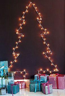 6 Weeks of Holiday DIY : Week 4 – Creative Christmas Lights! Wall Christmas Tree, Best Christmas Lights, Hanging Christmas Lights, Christmas Room, Noel Christmas, Modern Christmas, Xmas Tree, 3d Tree, Christmas Ideas