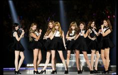 Bangtan Boys, Spica, Jung Joon Young, CNBLUE and Girls Generation Headline Second KCON Concert http://www.kpopstarz.com/articles/103464/20140811/kcons-second-concert-offers-more.htm