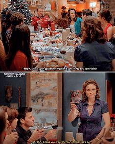 Booth And Bones, Booth And Brennan, Bones Tv Series, Bones Tv Show, Bones Season 5, Bones Memes, Temperance Brennan, Ryan O'neal, Emily Deschanel