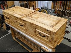 How to build a Casket ~DIY~ Pine Box. A more simple way to go! I show you how I build a casket out of pine! Diy Furniture Projects, Woodworking Projects Diy, Wood Furniture, Wood Projects, Woodworking Plans, Halloween Food For Party, Diy Halloween Decorations, Halloween Stuff, Funeral Caskets