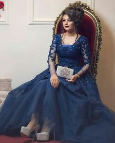 Messy Hairstyles For Teenagers Lose Updo Hairstyle. Pakistani Dresses Casual, Pakistani Wedding Outfits, Abaya Fashion, Fashion Dresses, Evening Dresses, Prom Dresses, Wedding Dresses, Bridal Mehndi Dresses, Designs For Dresses