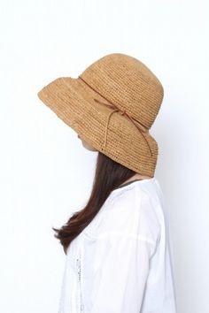 RAFFIAクロシェHAT | ナチュラル服とインテリア雑貨のniko and…(ニコ アンド)通販 this hat needs to be mine