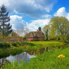 Last week while cycling in the northern part of our country I passed this farmhouse in the village of Zevenhuizen (Seven houses). And although it's a very small village there are more than seven houses  but no one a beautifull as this one. #nofilter #clouds #dutch #landscape #dutchlandscape #typicaldutch #canal #madeinholland #netherlands #holland #farmhouse #farmland #farmlife #countryside #igworld_global #countrylife #zevenhuizen by martin_tekstbeeld
