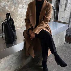 Trendy Fashion Outfits Chic All Black Ideas Fashion Mode, Minimal Fashion, Look Fashion, Korean Fashion, Womens Fashion, Fashion Trends, Minimal Style, 90s Fashion, Trendy Fashion