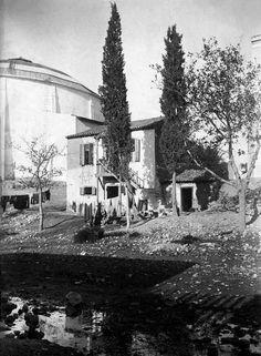 Οδυσσέας Φωκάς, περ. 1900, ο Ιλισός μπροστά από το Παναθηναϊκό Στάδιο με φόντο το Πανόραμα Θων.