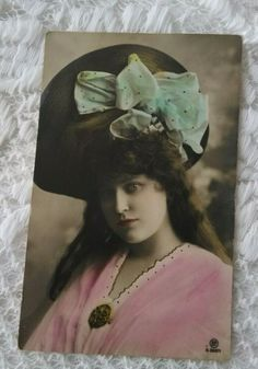 Antique tinted photo-postcard, beautiful lady in hat, ribbon pink-turquoise 1920 Beautiful Young Lady, Beautiful Women, Pink Turquoise, Photo Postcards, French Antiques, Kids Girls, Vintage Photos, Ribbon, Vintage Fashion
