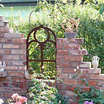 Im Trend: Eine Ruine Als Gartendeko