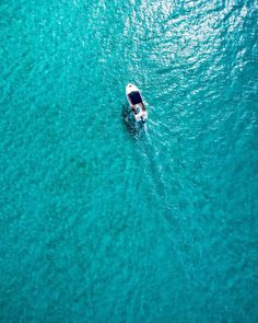 "78 Likes, 3 Comments - Saj D (@sajdaerial) on Instagram: ""The best water 💙 . . . . #meelupbeach #dunsborough #boat #instadrone #skypixel #lifeaftergravity…"""