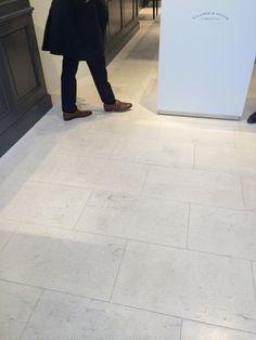 Dolomitstein creme beige Tile Floor, Tiles, Flooring, Wood, Natural Stones, House, Room Tiles, Tile, Tile Flooring