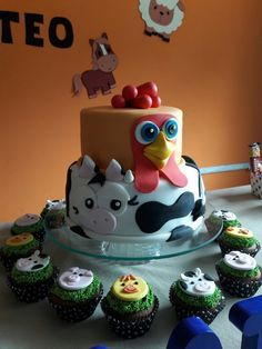 The most beautiful cakes from the farm of Zeno , Farm Animal Party, Farm Animal Birthday, Barnyard Party, Farm Party, Farm Birthday Cakes, Boy Birthday Parties, 2nd Birthday, Farm Cookies, Cupcake Cookies