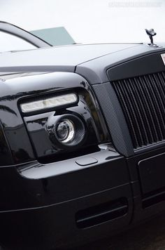 Carbon Fiber Rolls Royce Phantom.