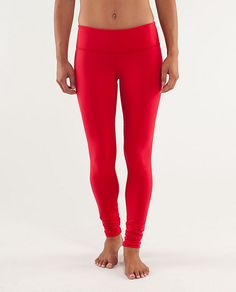 Wunder Under Pant-who doesn't want a pair of red yoga pants! Red Leggings, Leggings Are Not Pants, Red Yoga Pants, Under Pants, Gym Style, Athletic Outfits, Workout Pants, Pants For Women, Skinny