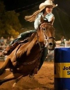 Cowgirl And Horse, Sexy Cowgirl, Horse Love, Horse Riding Quotes, Horse Quotes, Cowboy Games, Horse Showing, Rodeo Girls, Lion Images
