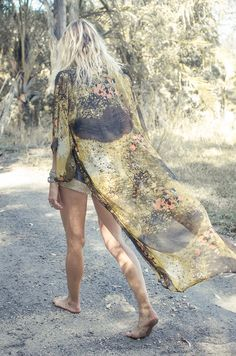 Another sensational full length Spell kimono. Love the asian influences in this print.