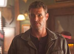 True Blood Season 5 Speculation: What Does Scott Foley's Character Want With Terry and Arlene?
