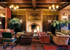 Cozy NYC bars that have fireplaces via @PureWow