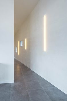 Galeria de Casa para um fotógrafo / Studio Razavi architecture - 25